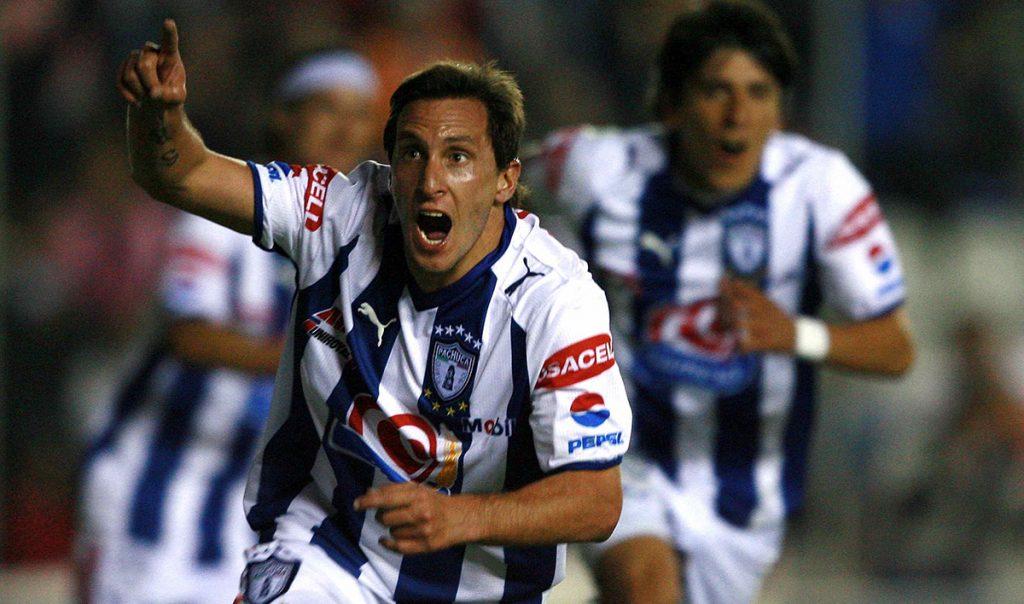 """El primer gran movimiento en el Régimen de Transferencia del Fútbol mexicano es el regreso de Christian """"el Chaco"""" Giménez a los Tuzos del Pachuca"""