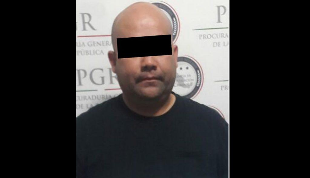 Fabricio Valenzuela, Director Operativo de la Policía Estatal de Baja California, fue detenido por robo y secuestro contra periodista