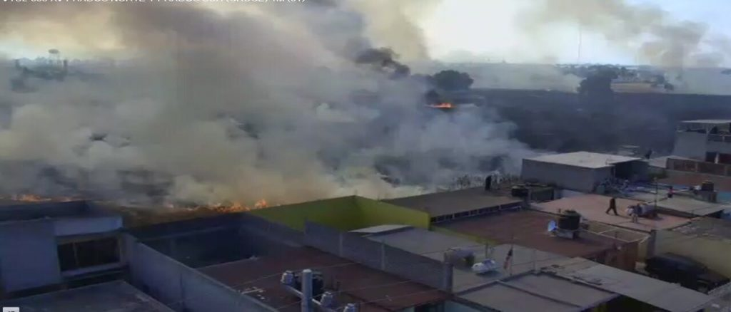 Se registra incendio en pastizal de Tultepec