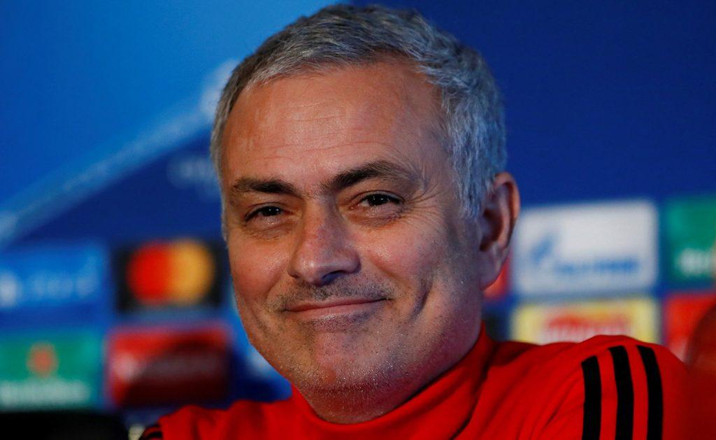 Este domingo, el Manchester United y el Manchester City tendrán un derby en lo más alto de la Premier League y Mourinho tira un dardo al equipo de Guardiola