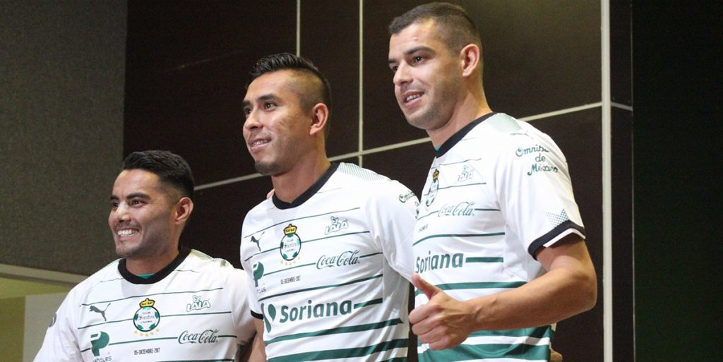 antos Laguna presentó a José Juan Vázquez, Jesús Isijara y el uruguayo Gerardo Alcoba como sus nuevos jugadores para el torneo Clausura 2018