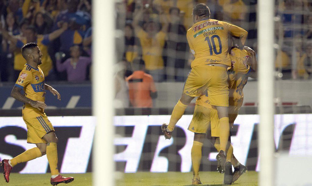 Con doblete de Enner Valencia y uno más de André-Pierre Gignac, Tigres le dio tres zarpazos al América para eliminarlo y avanzar a la final