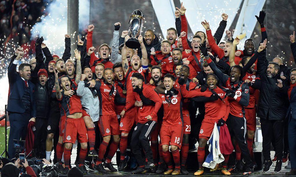 Toronto FC se convirtió en el primer campeón canadiense en la MLS al vencer 2-0 al Seattle Sounders en la final