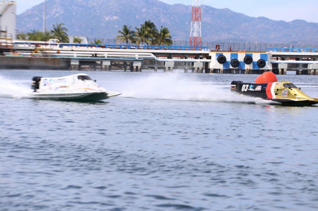 Manzanillo tiene final de Fórmula 1 de lanchas rápidas