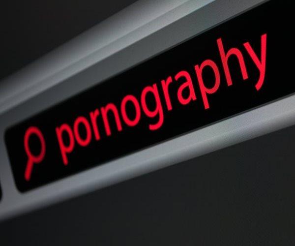 Poderosas razones que disminuirán tu libido a la hora de ver 'porno'