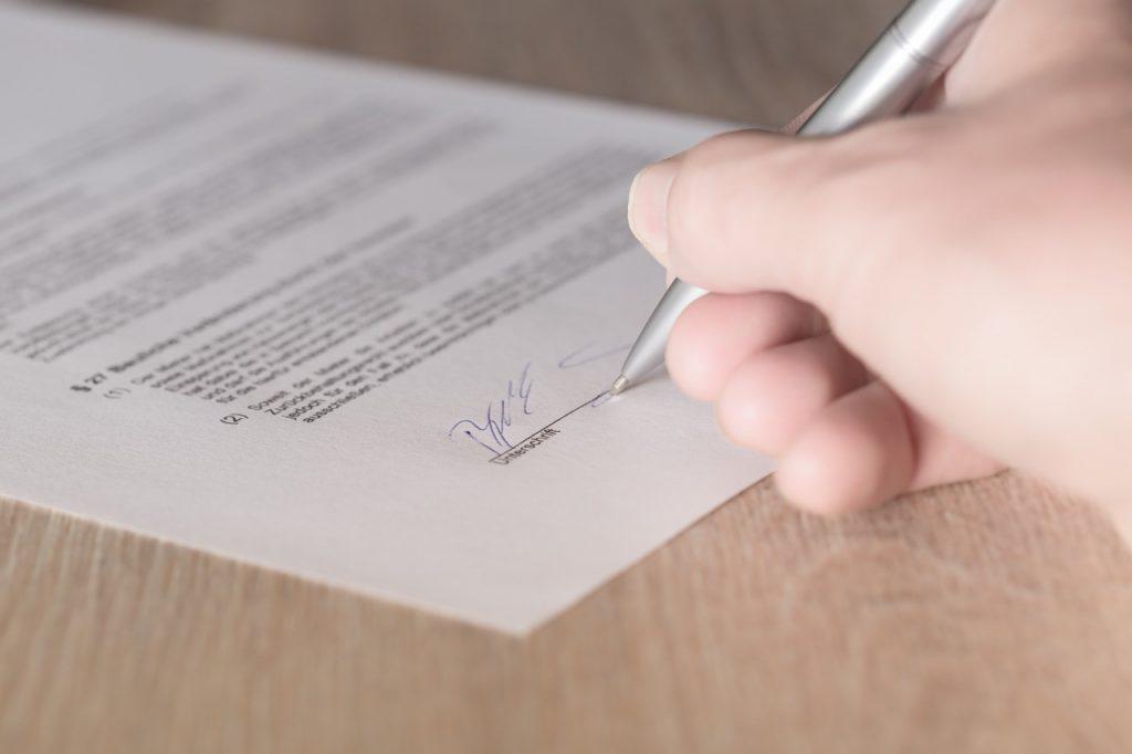 Obligatorio, que empleados cuenten con contrato de trabajo individual