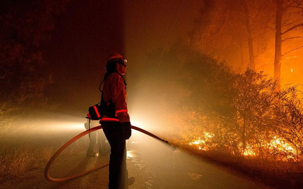 La Niña amenaza a elevar incendios forestales invernales en EU