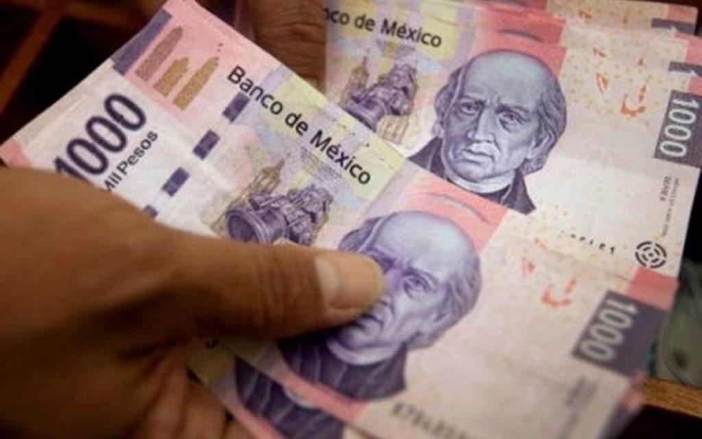 En el segmento de créditos personales hay un ligero repunte, señaló Banxico. Foto: Especial