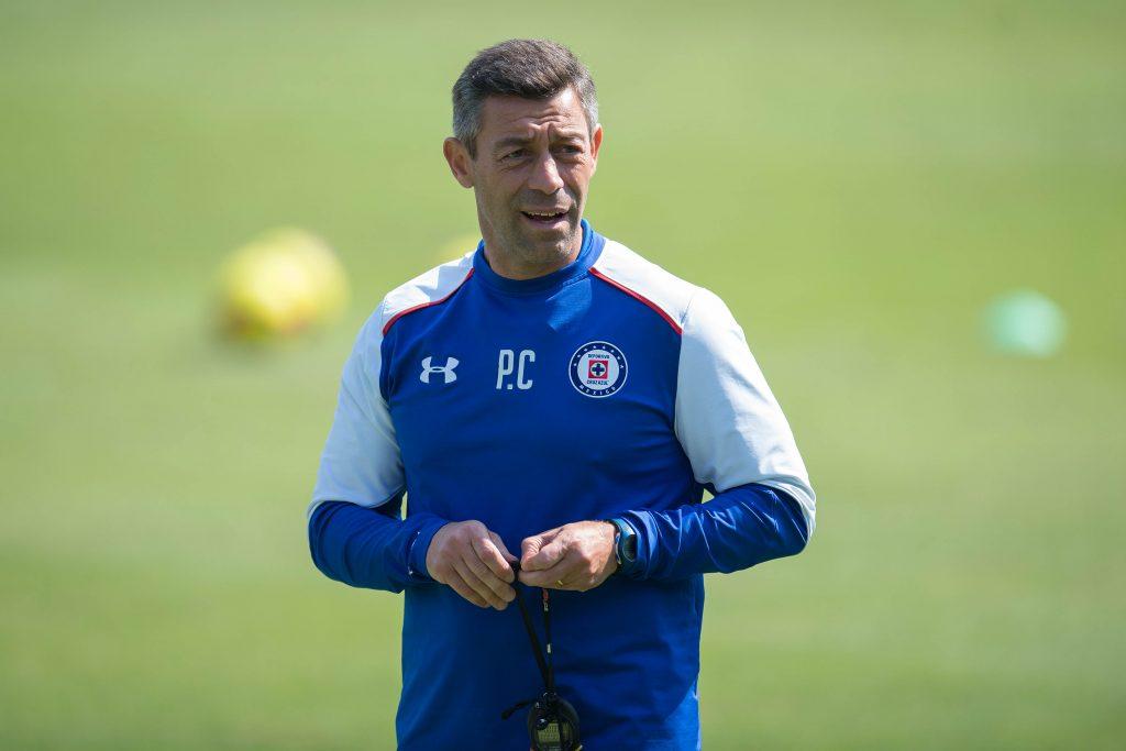 Pedro Caixinha, técnico de Cruz Azul, pidió a su equipo dejar atrás el pasado reciente para que no afecte su desempeño en el actual Clausura 2018