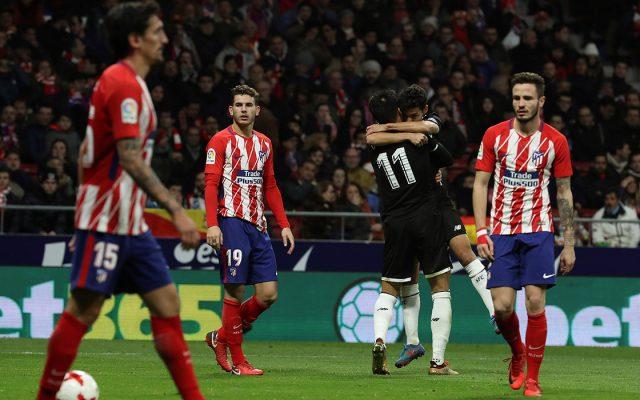 Sevilla y Valencia se impusieron ambos 2-1 al Atlético de Madrid y Alavés, respectivamente, dentro de los cuartos de final de la Copa del Rey
