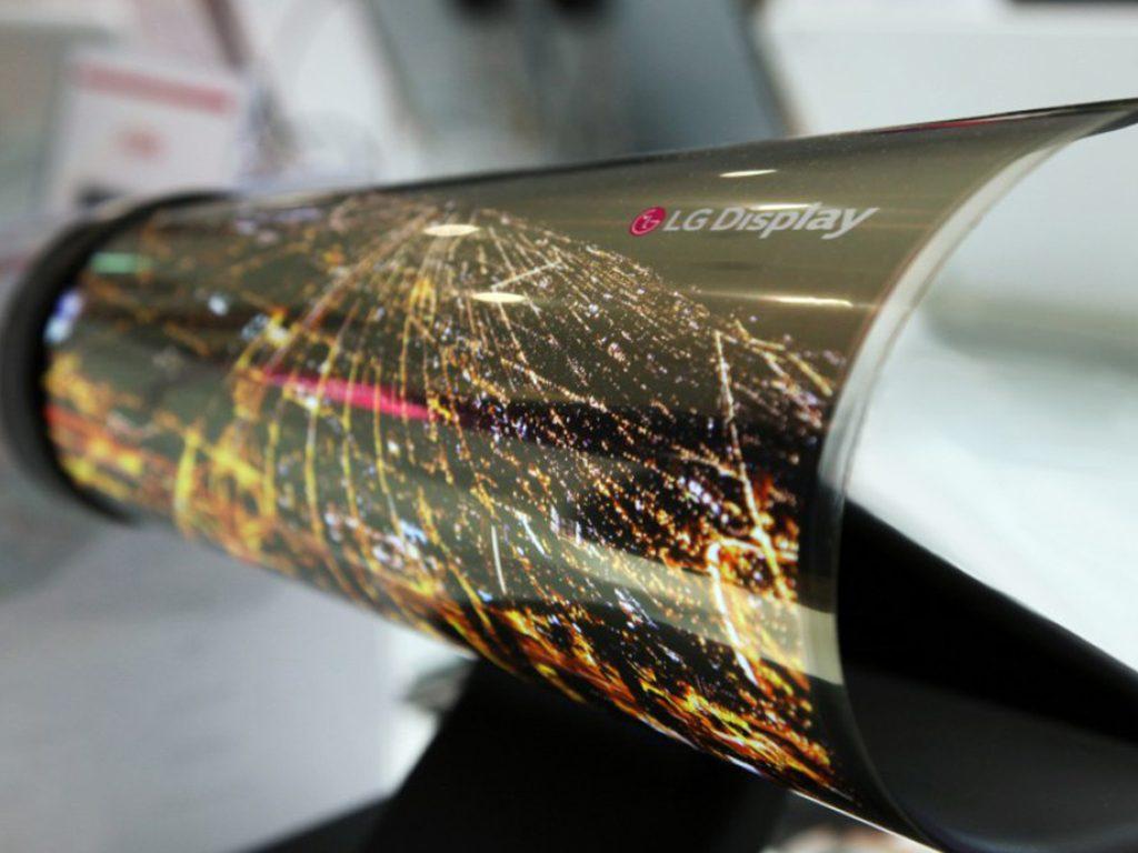 LG presenta en el CES pantalla enrollable de 65 pulgadas