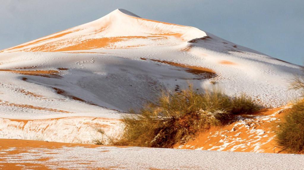 Nieva en el desierto del Sahara por tercera vez, en 40 años