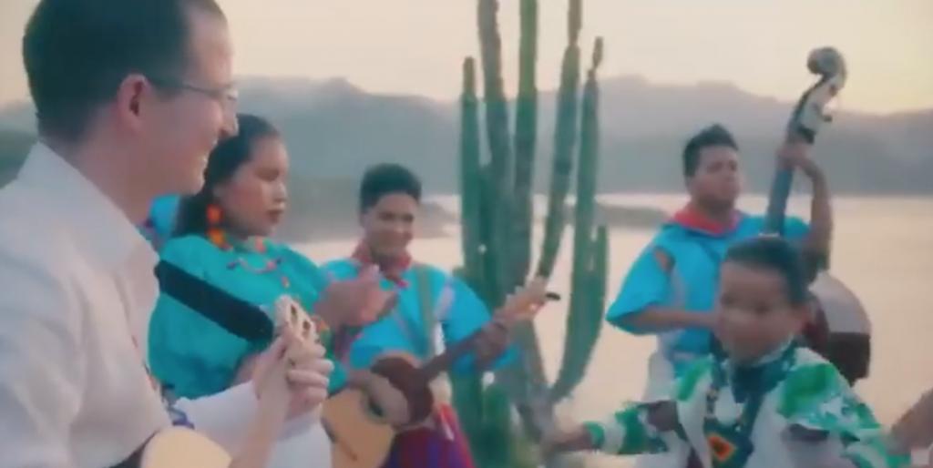 Yuawi hace dueto con Ricardo Anaya en nuevo 'palomazo'