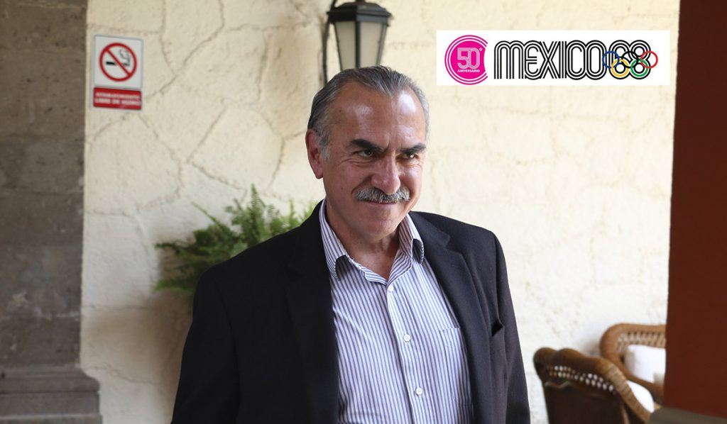 """El medallista olímpico Felipe """"Tibio"""" Muñoz fue nombrado como embajador para los festejos del 50 aniversario de la justa olímpica"""