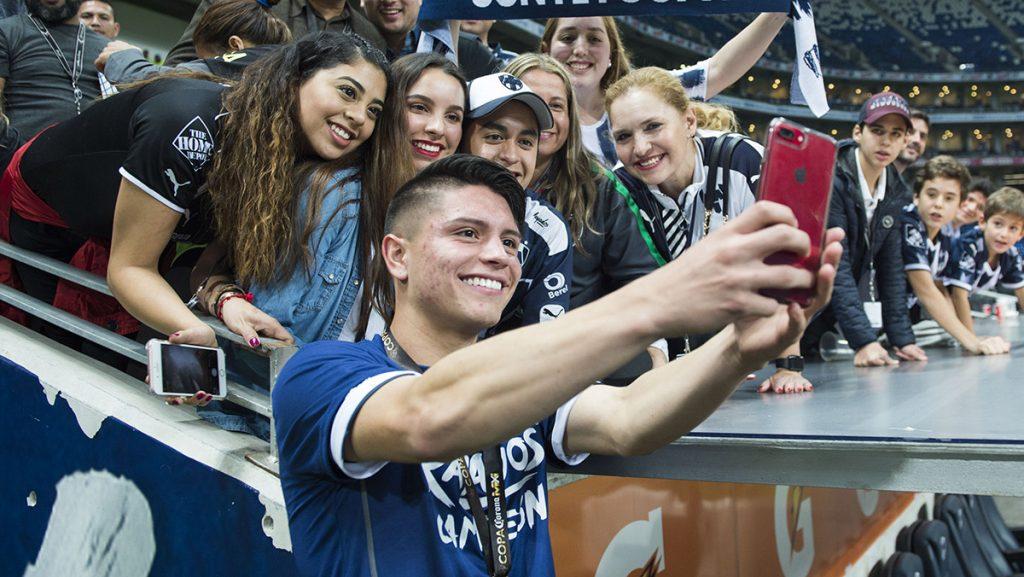 El volante del Monterrey agradeció a todos los que lo han apoyado hasta alcanzar el llamado para la Selección; ahora buscará quedarse para jugar en Rusia 2018