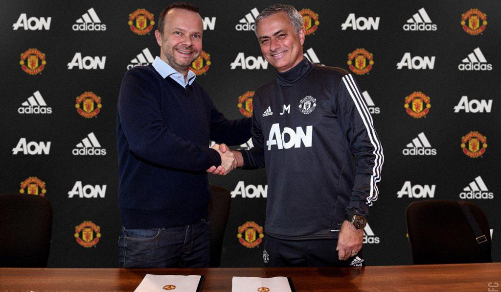 Manchester United informó que José Mourinho estará vinculado con el equipo hasta 2020 al renovar el contrato del estratega portugués