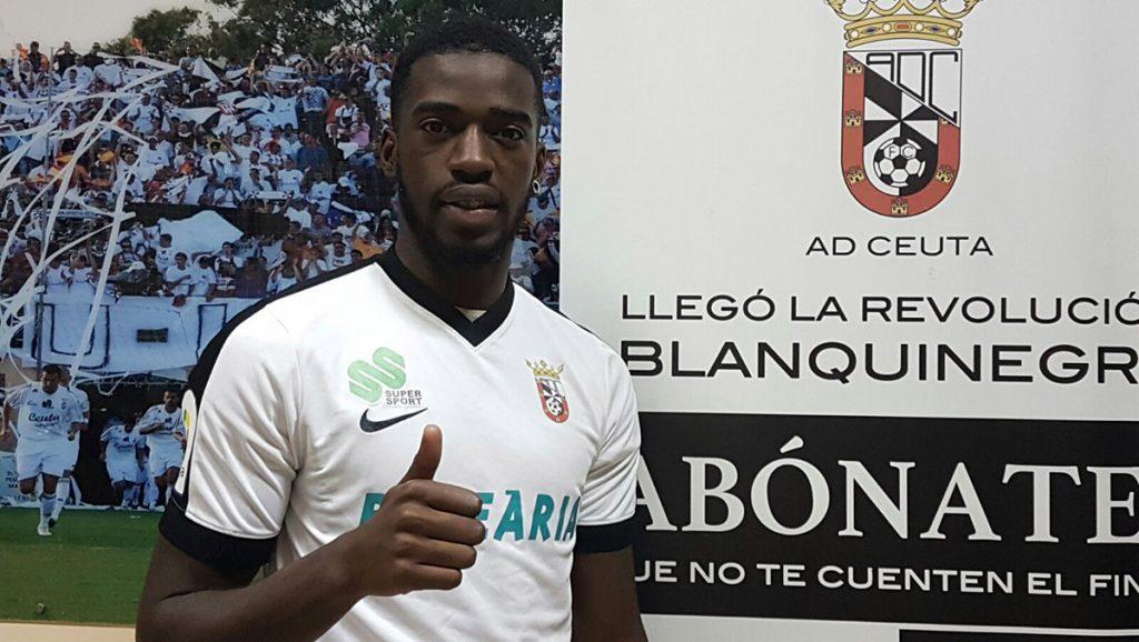 El jugador portugués, homónimo del pastor y activista estadounidense, fichó con la Agrupación Deportiva Ceuta