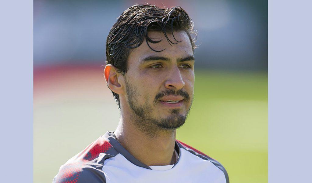 Matias Almeyda, técnico del Rebaño, confirma que Alanís sólo entrena con el equipo, pero que no será tomado en cuenta para el Clausura