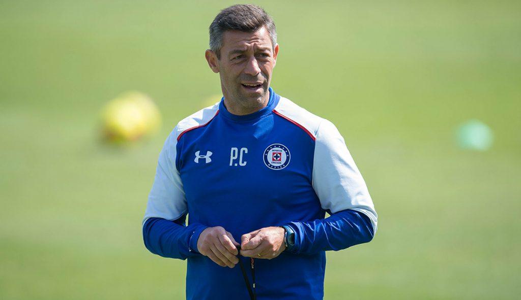 La Femexfut informó que Pedro Caixinha puede cancelar la suspensión de un partido que arrastraba desde 2015 cubriéndola económicamente