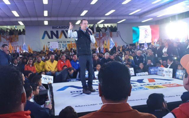 """Ricardo Anaya, precandidato de la Coalición Por México al Frente a la presidencia de México, aseguró que su campaña va """"subiendo como la espuma"""""""