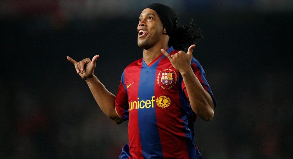 Citando al legendario Alfredo Di Stéfano, Ronaldinho agradeció a Dios y a la vida por casa tres décadas maravillando dentro de las canchas