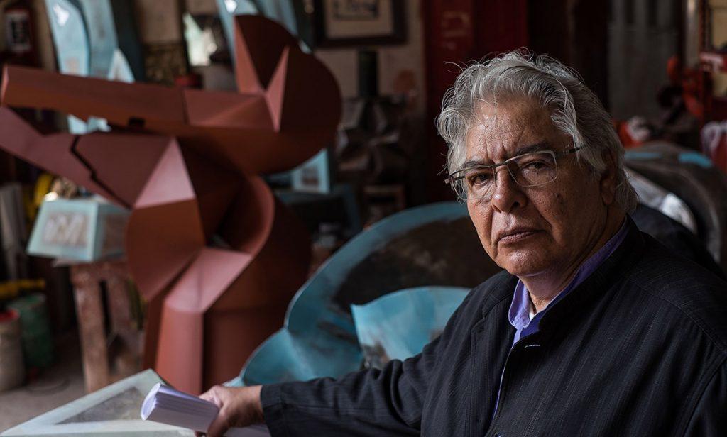 """El escultor mexicano Enrique Carbajal """"Sebastián"""", recibió un homenaje de parte de la Secretaría de Turismo, por 50 años de trayectoria escultórica"""