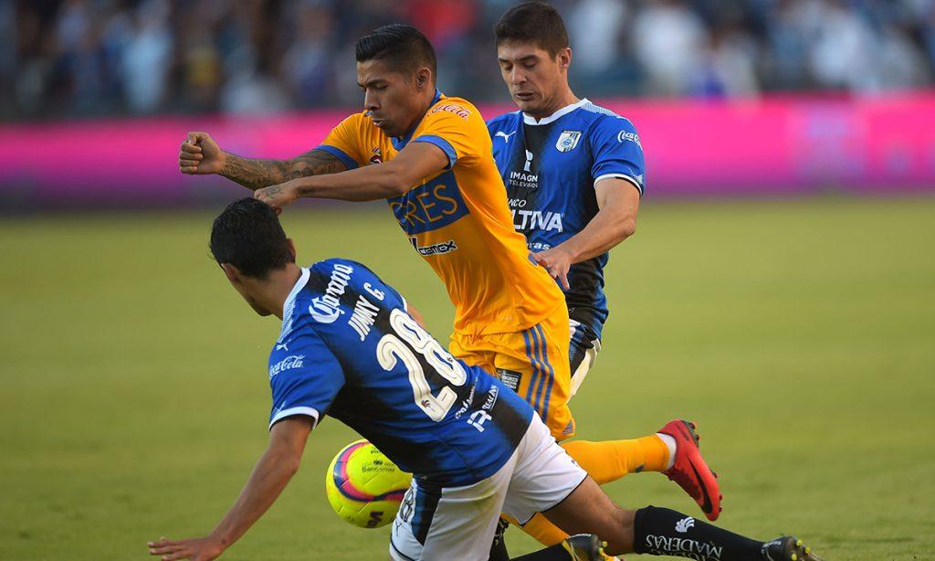 Los Gallos Blancos del Querétaro le sacaron un punto al campeón Tigres de la UANL en El Volcán al igualar sin goles dentro de la fecha 3