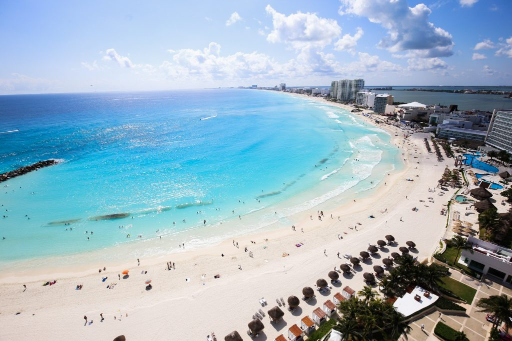 Cancún fue uno de los sitios turísticos a los que se les quitó la alerta. CUARTOSCURO.