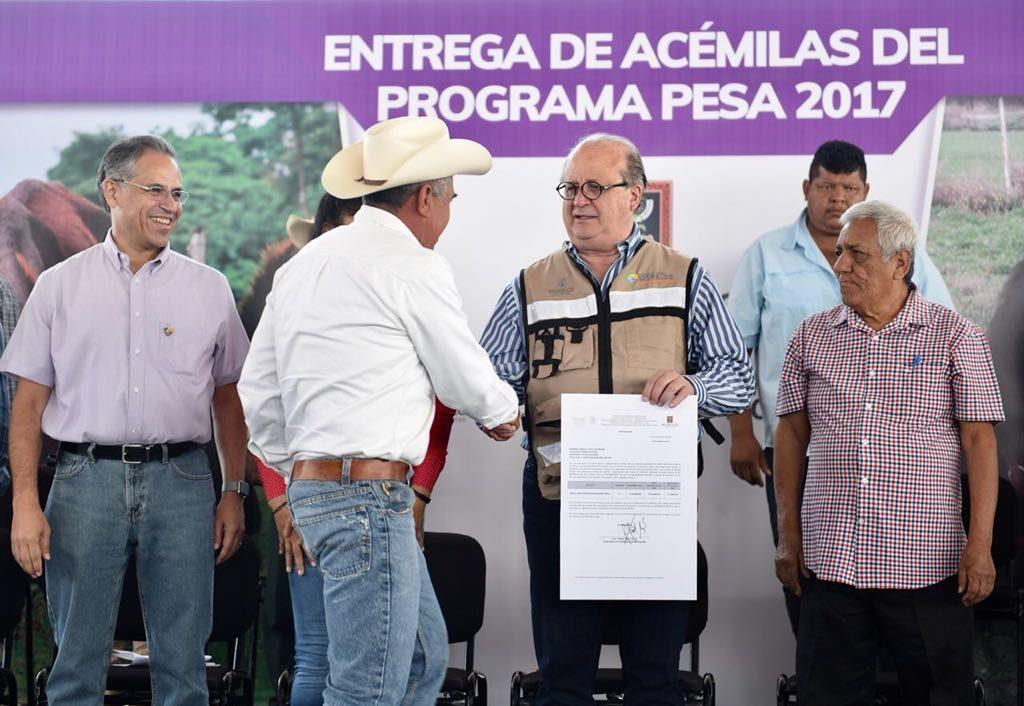 Apoyo inédito a la ganadería en Morelos: Graco Ramírez