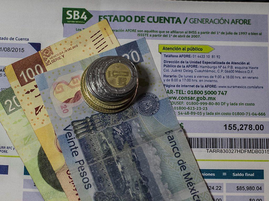 Consar busca que Afores inviertan en el extranjero