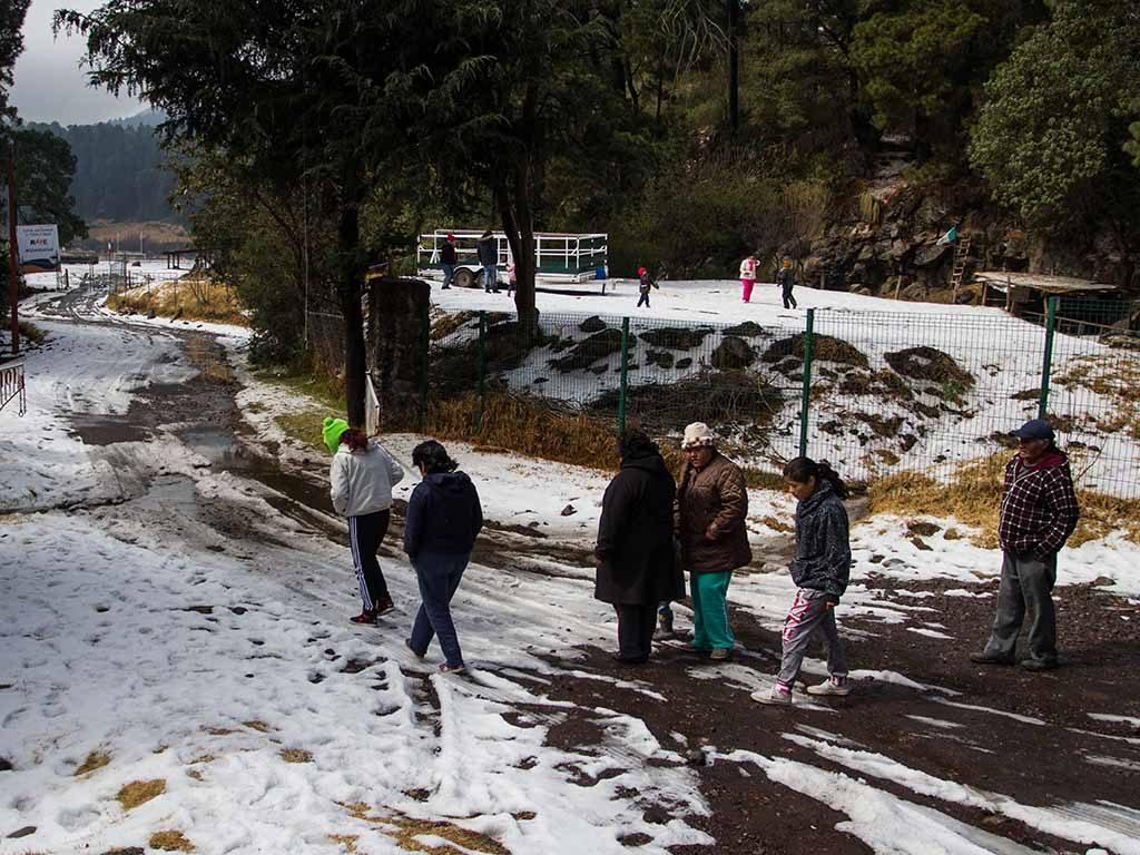 Alerta amarilla para 5 delegaciones por frío, lluvia y granizo