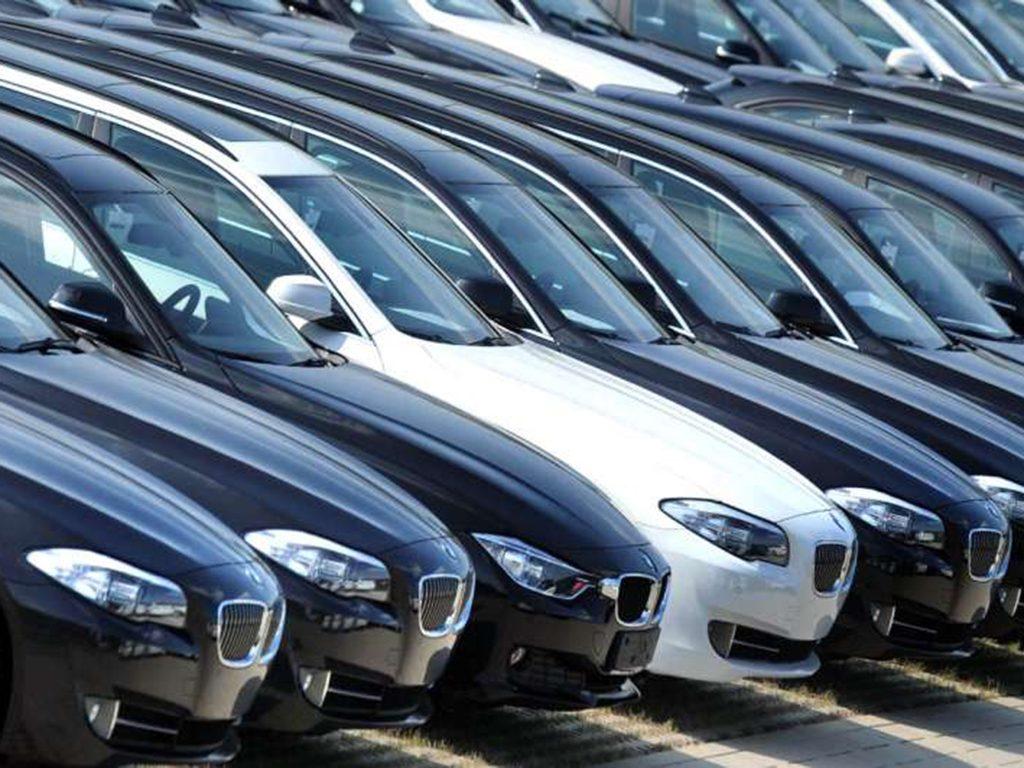 Ventas de autos nuevos en México cierran 2017 con caída de 4.6%