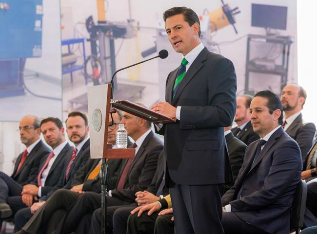 EPN garantiza apoyo transexenal a ciencia y tecnología