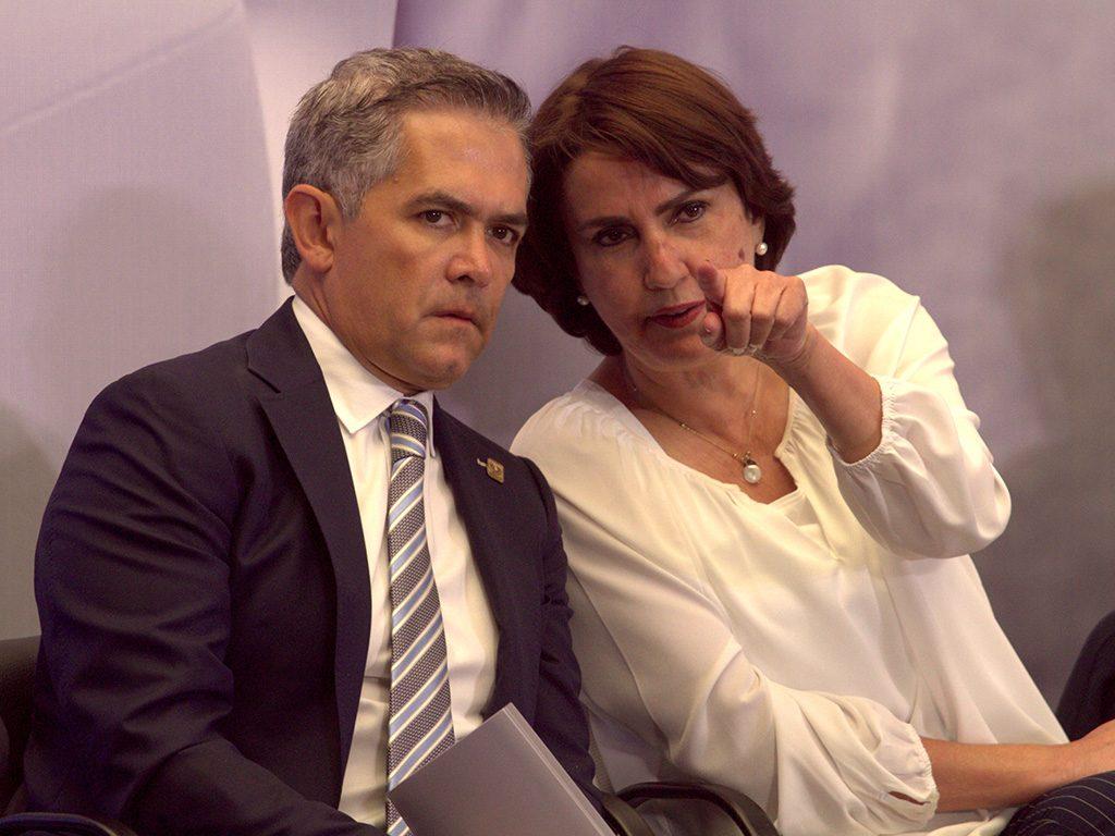 Miguel Ángel Mancera y Patricia Mercado
