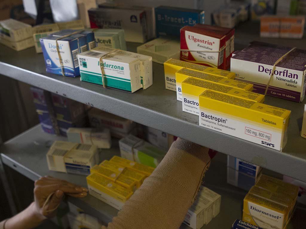 La mayor parte de los laboratorios no distribuyen ni comercializan sus productos directamente a minoristas. Foto: Archivo/ Cuaroscuro