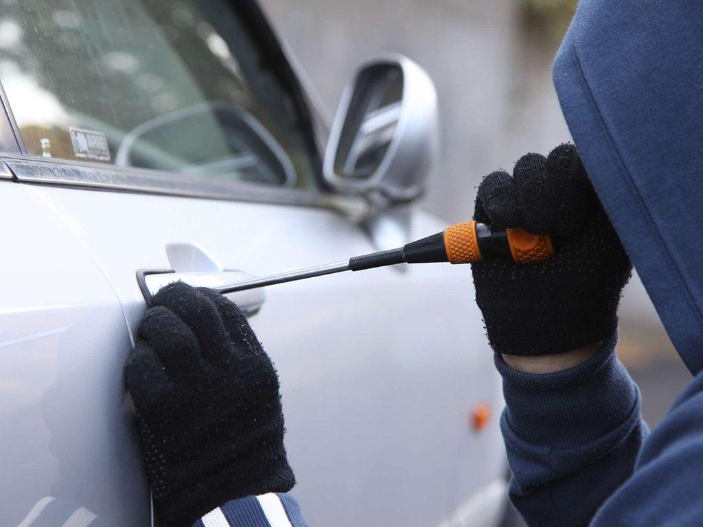 Autos robados en 2017 sumaron 90 mil 187 unidades: AMIS