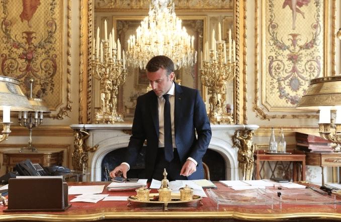 FOTO: © Présidence de la République - F. Lafite