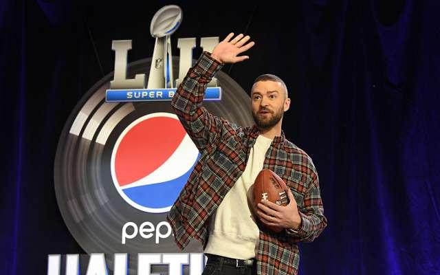 El cantante Justin Timberlake, encargado del espectáculo del medio tiempo en el SuperBowl LII, terminó con las especulaciones sobre una sorpresiva reunión de 'N Sync
