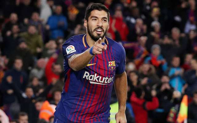 Con solitario gol de Luis Suárez, el Barcelona tomó ventaja mínima en casa en el partido de ida de las semifinales de la Copa del Rey al veces 1-0 al Valencia