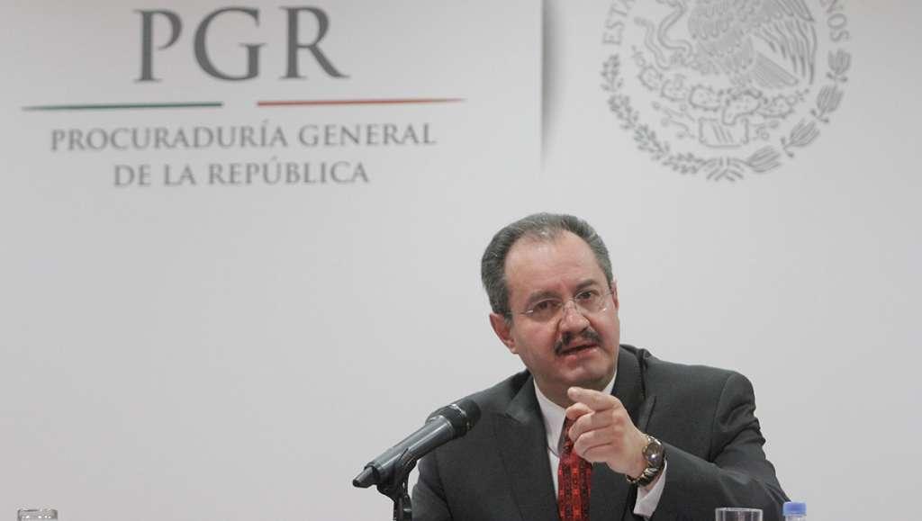 Rodrigo Archundia Barrientos, coordinador del Combate al Secuestro del Estado de México, reconoció que en cada banda de secuestradores participa por lo menos un policía