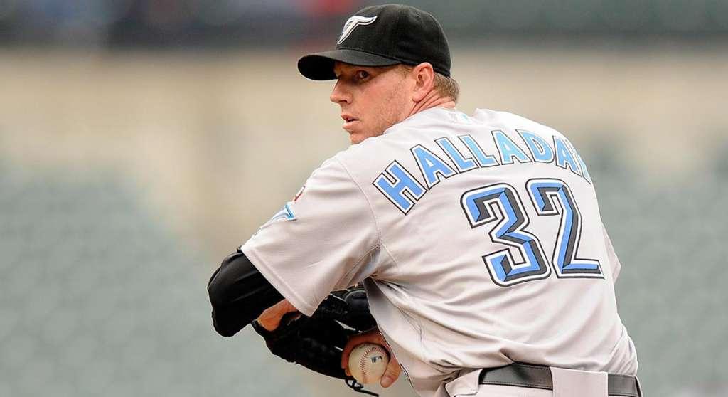 El número 32 que utilizó Roy Halladay, pitcher fallecido en noviembre pasado, será retirado por los Azulejos de Toronto, en el primer partido de la temporada ante Yankees