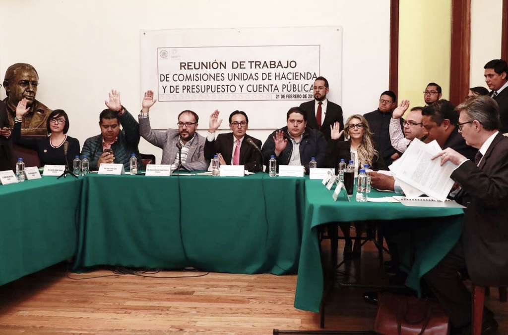 Aprueban en comisiones retiro de atribuciones a diputados sobre reconstrucción