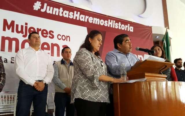 Miguel Barbosa será candidato por Morena al gobierno de Puebla