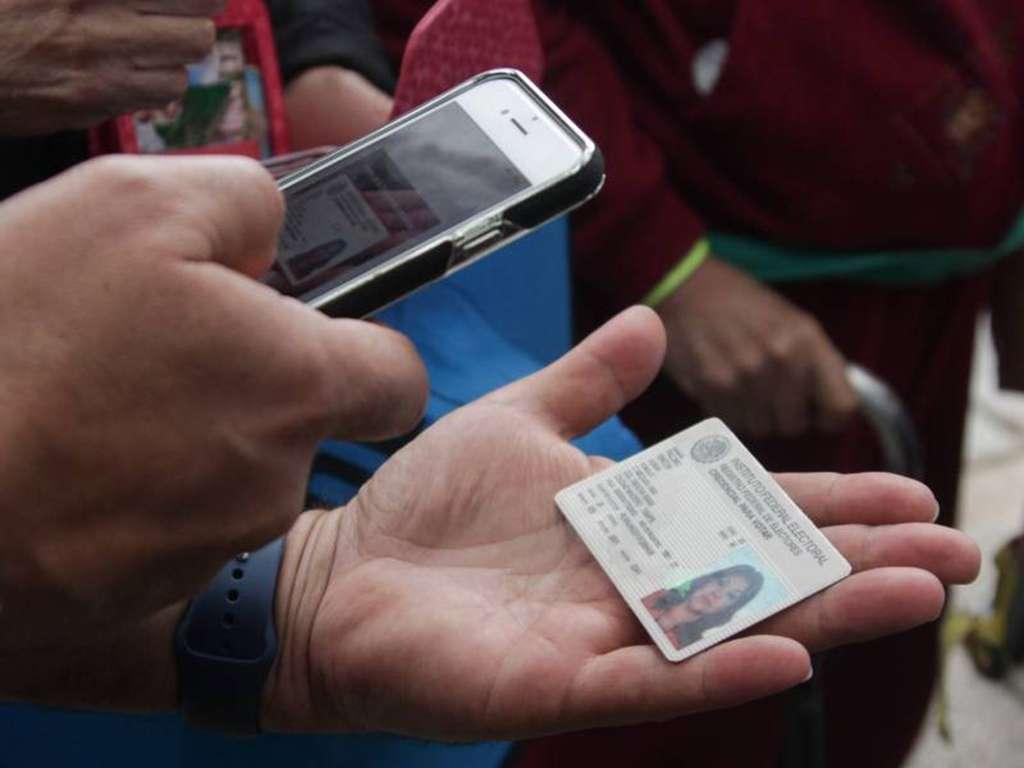 González Zirión se deslinda de irregularidades en recolección de firmas