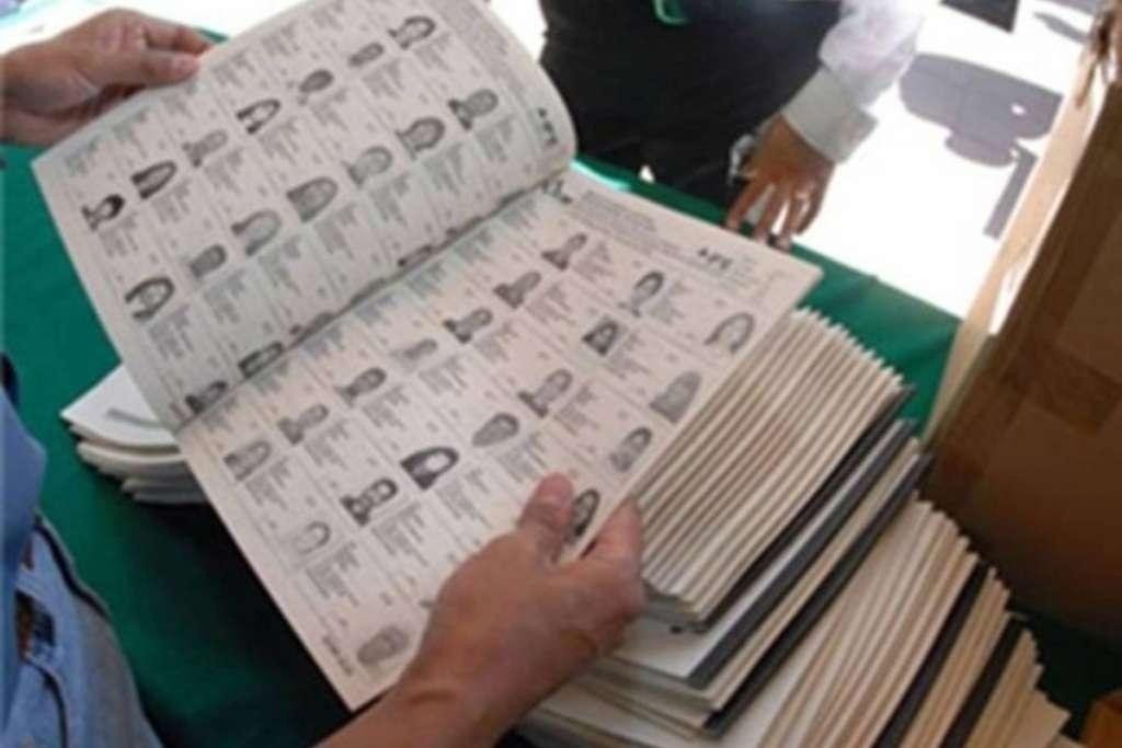 Ordena juez revocar formal prisión a exconsejeros electorales de Chiapas