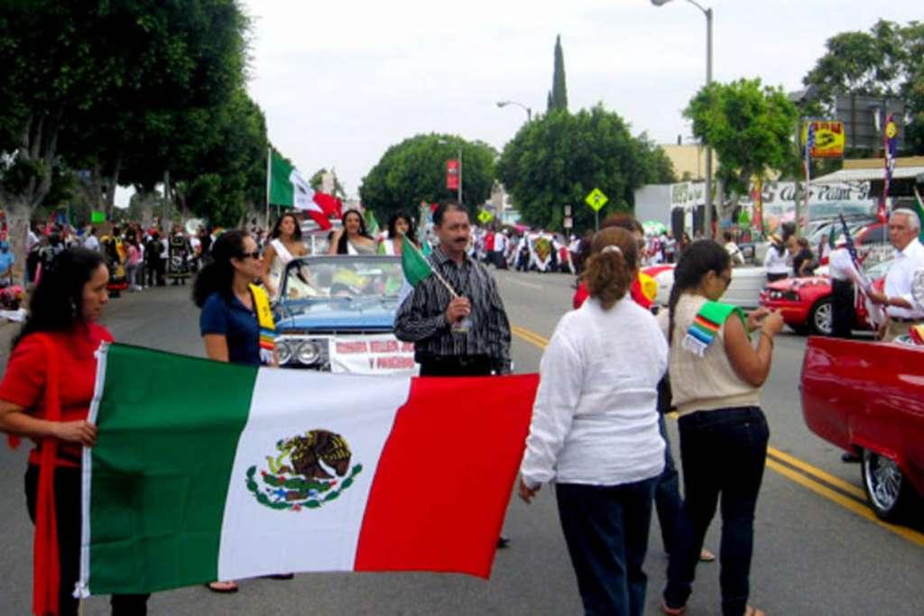 Migrantes mexicanos sacan sus ahorros de EU y los traen al país