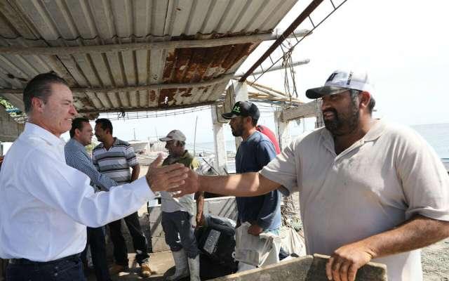 Dan apoyos de 20 mdp en Sinaloa para pequeños pescadores