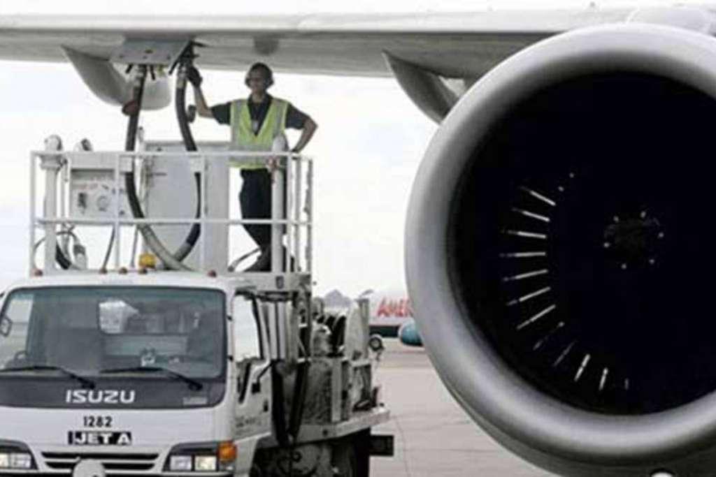 Alza de turbosina pega a las aerolíneas