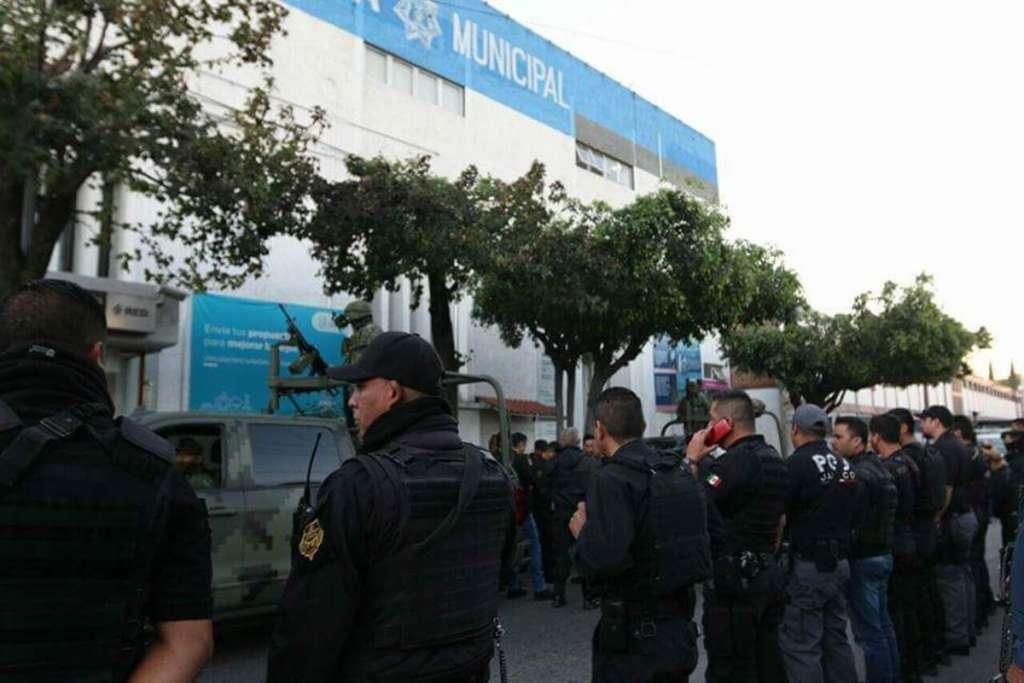 Intervienen a policía de Tlaquepaque, sospechan infiltración de crimen organizado