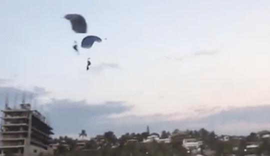 Vídeo: Muere paracaidista en la costa de Oaxaca